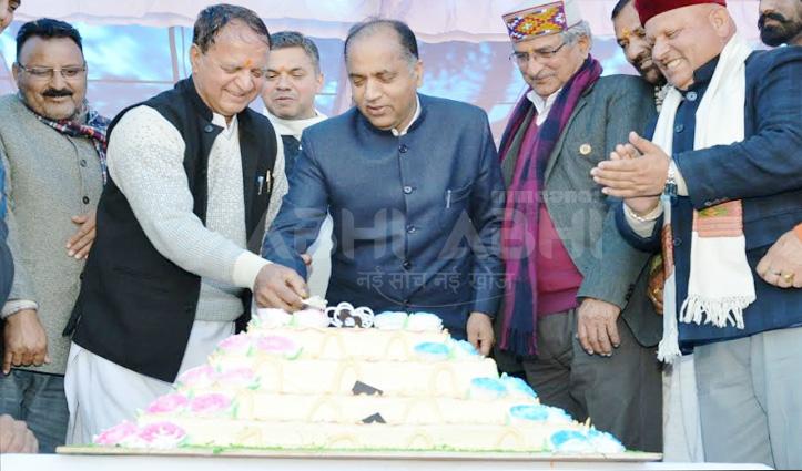 IPH Minister महेंद्र ठाकुर के जन्मदिन पर धर्मपुरवासियों को जयराम की सौगात
