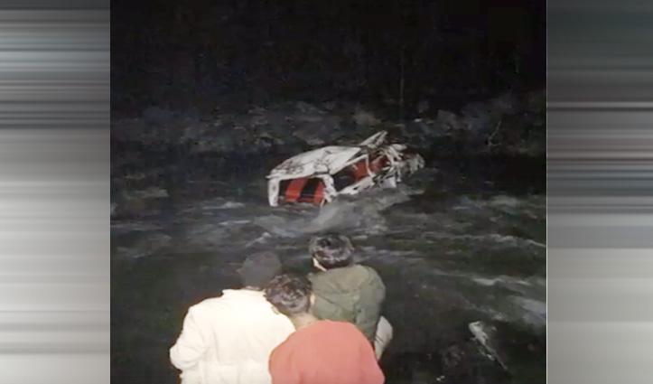 तीसा में गिरी कार, चालक की गई जान