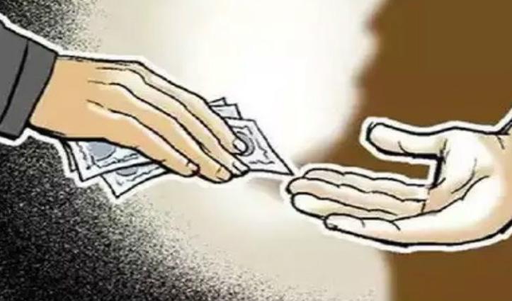आतंकियों को Jammu पहुंचाने के बदले DSP दविंदर को मिले थे 12 लाख