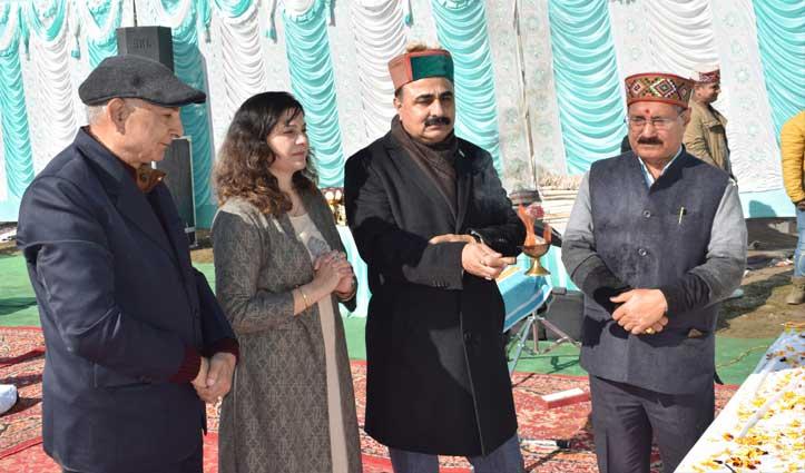 उपकार दिवस पर Pandit Bal Krishan Sharma को अर्पित किए श्रद्धासुमन