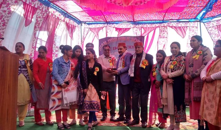 ज्ञान ज्योति पब्लिक स्कूल में Dr. Rajesh Chief Guest