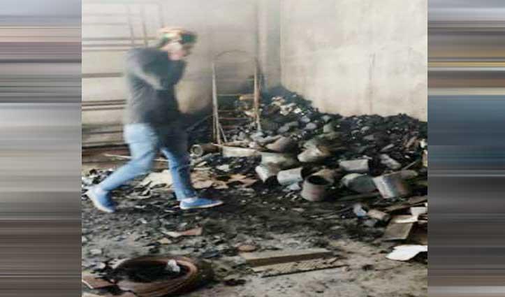 चिड़गांव में Hardware की दुकानें व स्टोर जले, लाखों का नुकसान