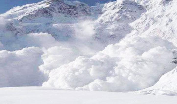 लाहुल-स्पीति के त्यासो गांव में गिरा ग्लेशियर, दबने से एक की चली गई जान