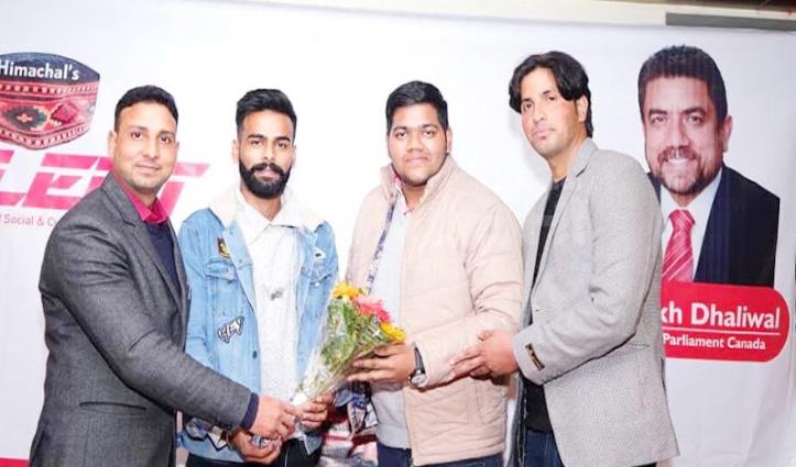 सोलन में नादौन की ठुकराल फाउंडेशन संस्था को Him Pride Award से नवाजा