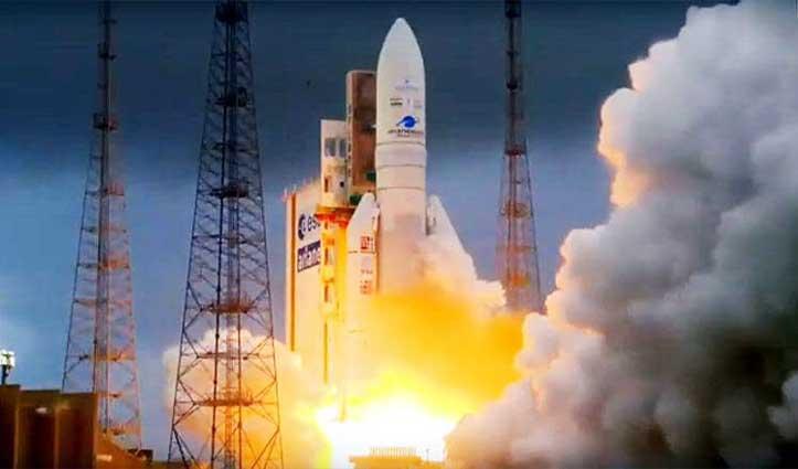 अंतरिक्ष में ISRO की एक और कामयाबी, संचार उपग्रह जीसैट-30 लॉन्च, 5G इंटरनेट की तैयारी