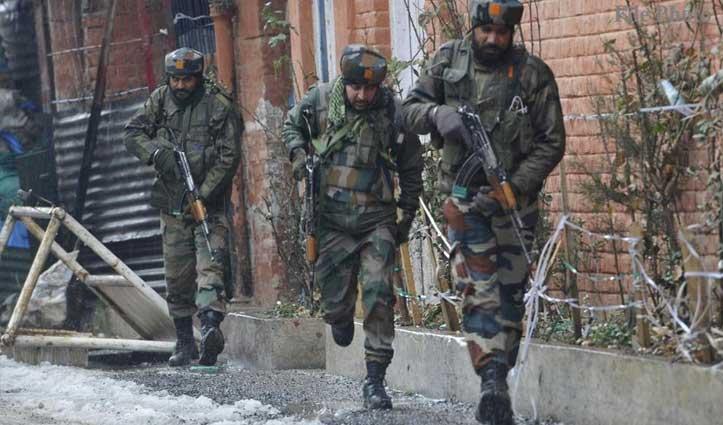 जम्मू-कश्मीरः आतंकियों से मुठभेड़ में 2 सुरक्षाकर्मी शहीद, दो आतंकी ढेर
