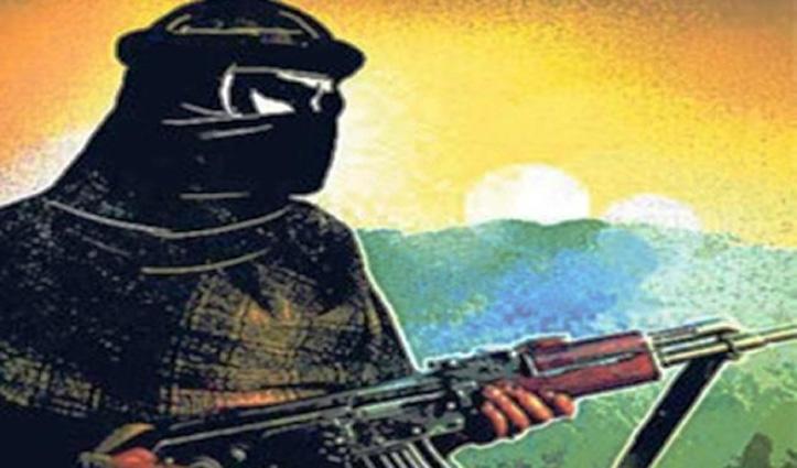 अनंतनाग: CRPF काफिले पर आतंकियों ने की फायरिंग, तलाशी अभियान शुरू