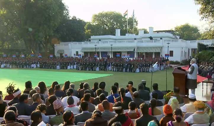 भारत एक राष्ट्र के साथ-साथ एक जीवंत परंपरा है, एक विचार है, एक संस्कार है: पीएम मोदी
