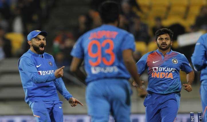 INDvsNZ: भारत ने आखिरी ओवर में लिए 4 विकेट, फिर सुपर ओवर में जीता मैच