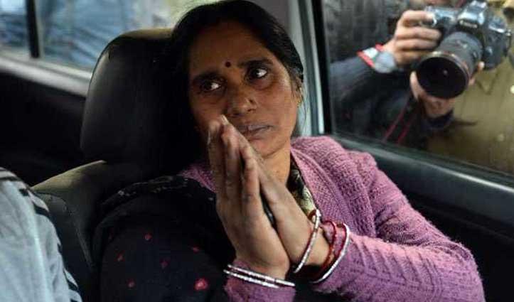 निर्भया की मां ने दिया इंदिरा को जवाब, PM से अपील कर कहा- मौत का मजाक न बनने दें