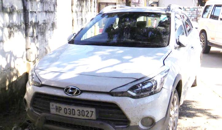 नशे की हालत में Police से उलझा Car चालक, खानी पड़ी हवालात की हवा
