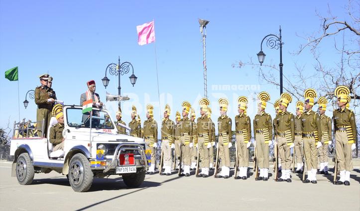 Republic Day 2020 : राज्यपाल दत्तात्रेय ने रिज पर फहराया तिरंगा, परेड की ली सलामी