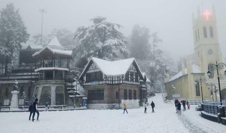 Snowfall व बारिश से ठिठुरा हिमाचलः जनजीवन प्रभावित,  चंडीगढ़-मनाली एनएच बंद