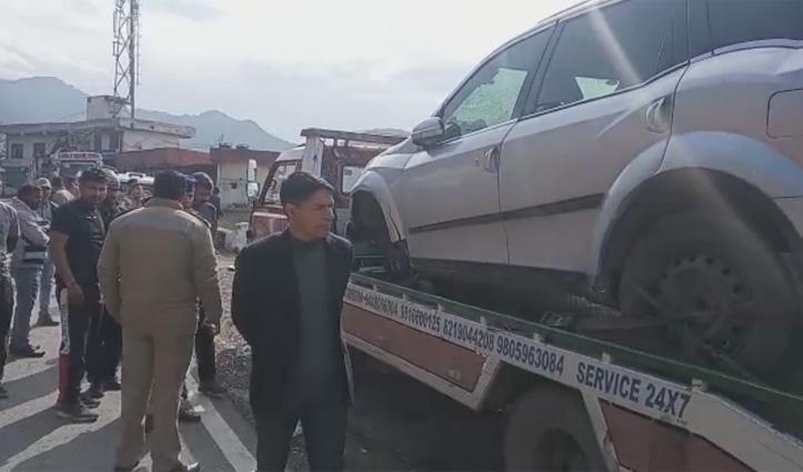 Solan : दिल्ली के युवकों ने क्रेन चालक की पिटाई कर खाई में फेंका, गई जान