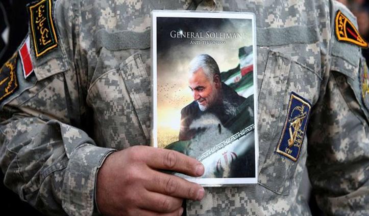 अपने कद्दावर जनरल सुलेमानी यादगार विदाई दे रहा ईरान, शवयात्रा में शामिल हुए हजारों