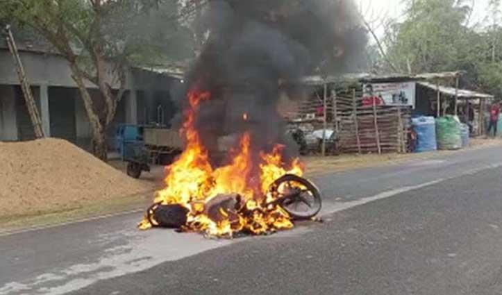 CAA-NRC विरोध: बंगाल में प्रदर्शन के दौरान चले बम, 2 की जान गई; कई घायल