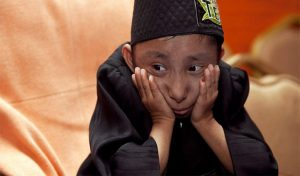 दुनिया के सबसे छोटे पुरुष खगेन्द्र थापा का 27 साल की उम्र में निधन