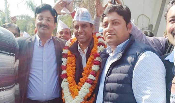 जीत का जश्न मनाकर मंदिर से लौट रहे AAP के काफिले पर Attack, एक कार्यकर्ता की गई जान