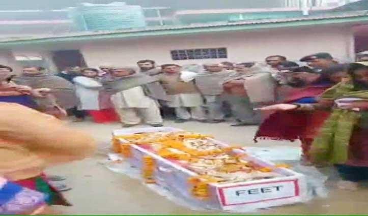 नम आंखों से दी Sarkaghat के सैनिक संतोष कुमार को अंतिम विदाई