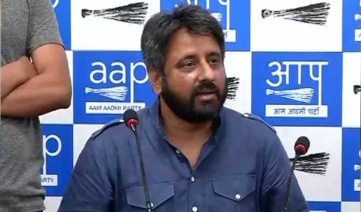 AAP MLA अमानतुल्लाह खान के परिजनों के साथ UP police ने की मारपीट, मना रहे थे जीत का जश्न
