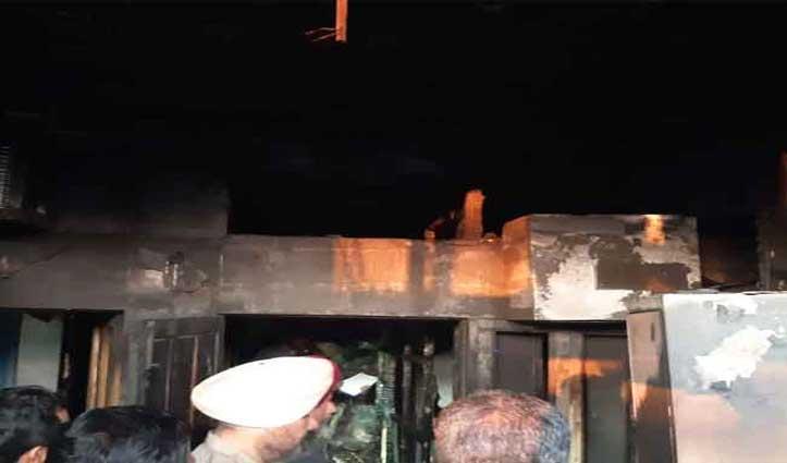 Chandigarh: गर्ल्स PG में लगी भीषण आग, 3 लड़कियां जिंदा जली; एक ने छलांग लगाकर जान बचाई