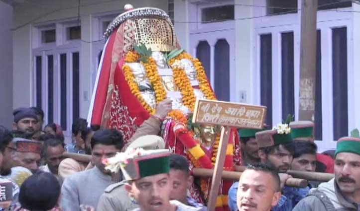 सुरक्षा कवच दे गए देव आदि ब्रह्मा, अंतिम दिन की Mandi शहर की परिक्रमा