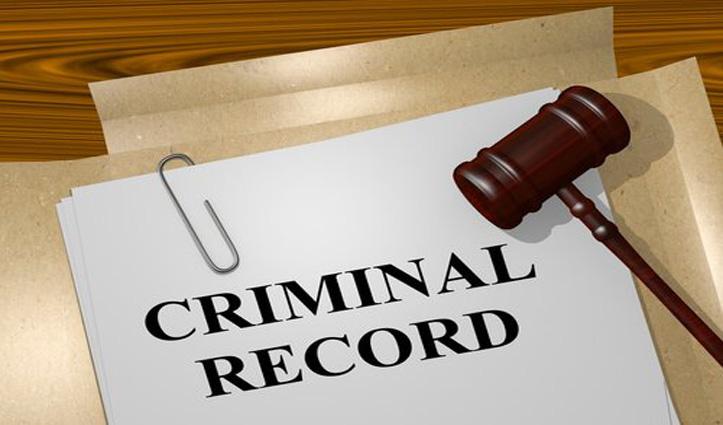 राजनीतिक पार्टियों को Supreme Court का निर्देश, जनता से साझा करें उम्मीदवारों का Criminal Record
