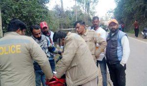 हमीरपुरः शादी के कार्ड बांटने गए युवक का झाड़ियों में मिला शव, हत्या की आशंका
