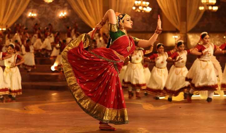 जयललिता मेरे जैसी नहीं, वह ऐश्वर्या राय जैसी ग्लैमरस थीं: कंगना रनौत