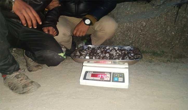 कुल्लू पुलिस ने 1 किलो 970 ग्राम charas के साथ पकड़ा युवक