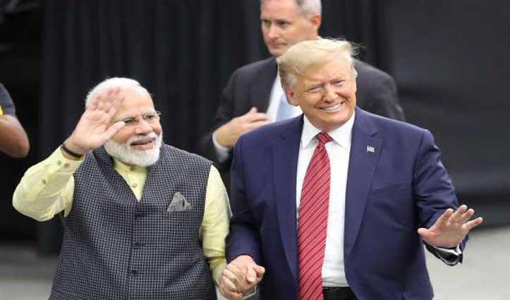 थोड़ी देर में India पहुंचेंगे Trump, मोदी बोले – संबंधों को मजबूत करेगा ये दौरा