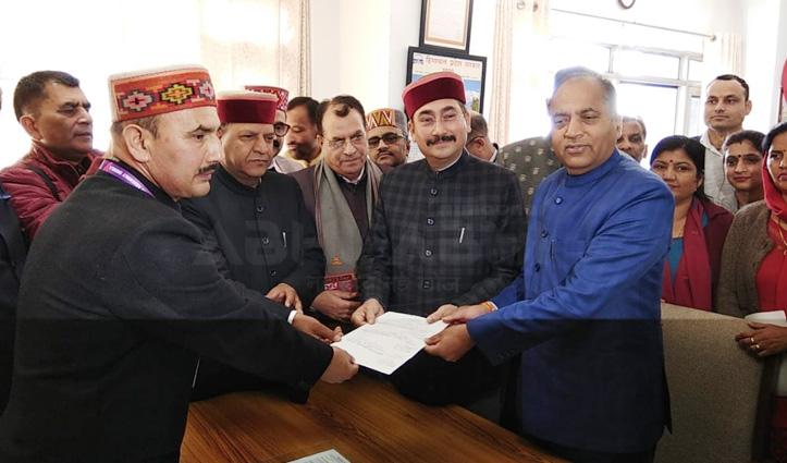 Vipin Parmar ने विधानसभा अध्यक्ष का नामांकन भरा, जयराम रहे मौजूद