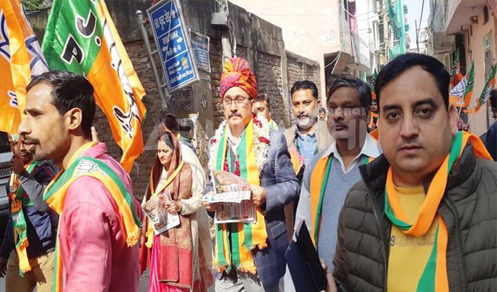 दिल्ली में केजरीवाल पर बरसे विपिन परमार, कहा-चौमुखी विकास के लिए बीजेपी जरूरी