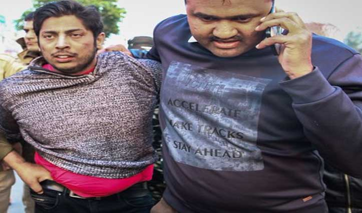 शाहीन बाग के 'बंदूकबाज़' की हुई पहचान, चिल्लाया- हमारे देश में सिर्फ हिंदुओं की चलेगी