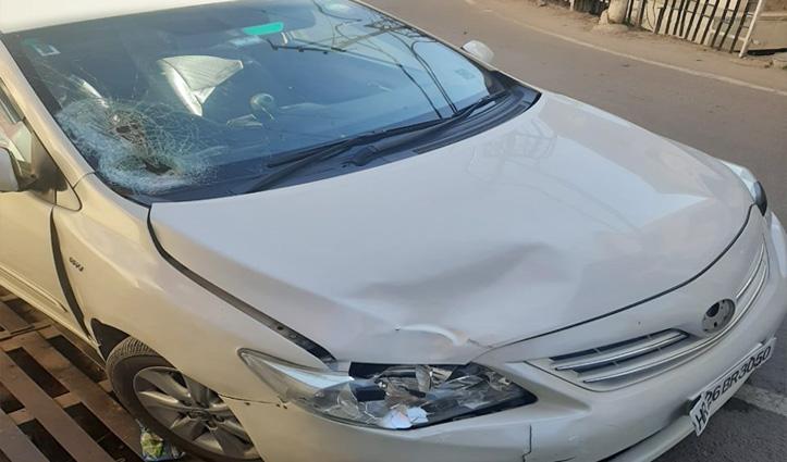 सोलनः कार ने मार दी राहगीर को टक्कर, PGI रेफर