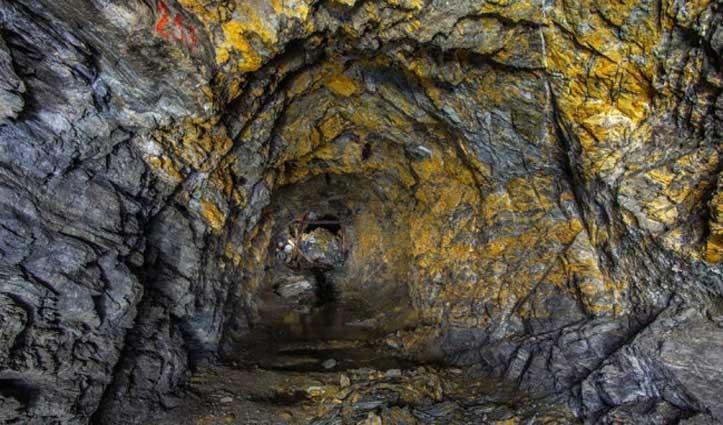 UP के सोनभद्र में जमीन के अंदर मिला 3,000 टन Gold, नीलाम करेगी सरकार