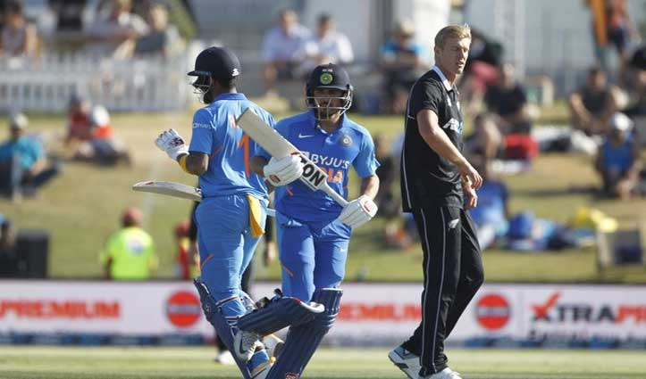 IND vs NZ 3rd ODI : राहुल की शतकीय पारी, भारत ने न्यूजीलैंड को दिया 297 रन का लक्ष्य