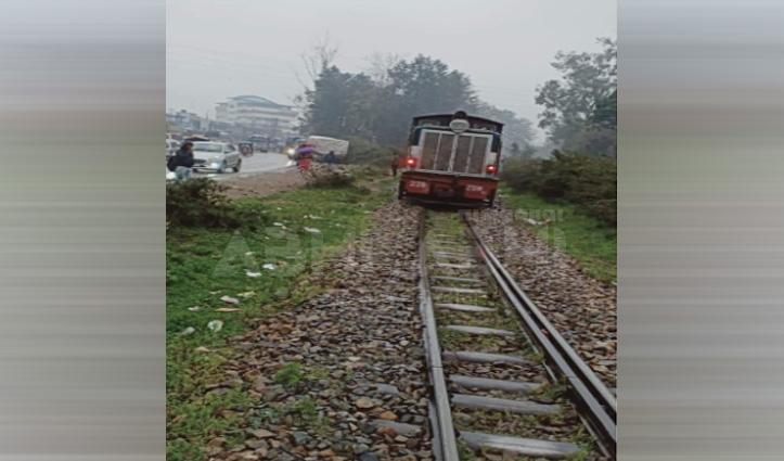 Big Breaking: नगरोटा बगवां में फोन पर बात करते हुए ट्रेन के नीचे आया शख्स, हुआ ये अंजाम