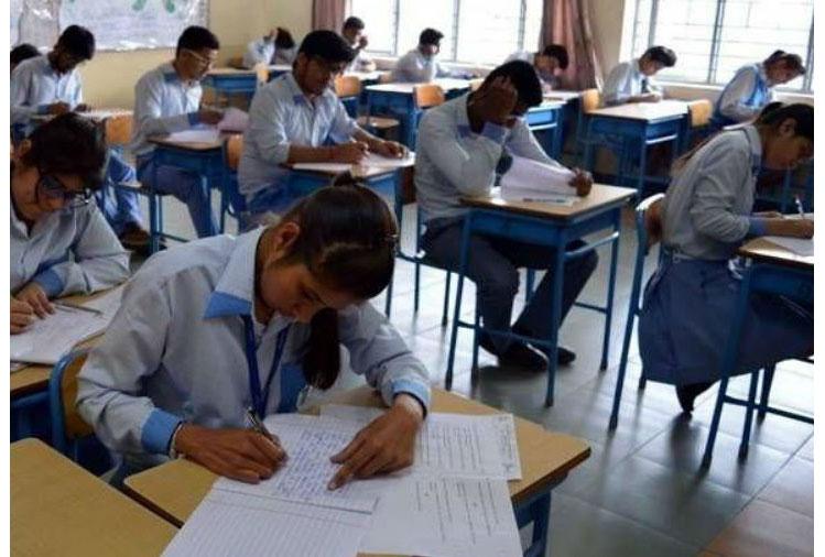आज से शुरु हुई HPBoSE की वार्षिक परीक्षाएं,  2,17, 555 छात्र दे रहे परीक्षा