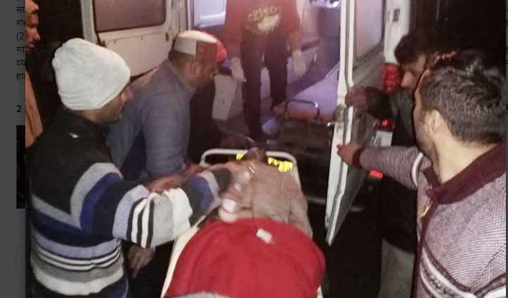 हरिपुरधार: बोलेरो कैंपर खाई में गिरी, एक की जान गई- दो लोग घायल