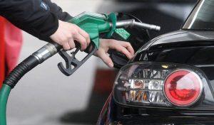 बार-बार तेल भराने से हैं परेशान ? तो ये रहीं दमदार माइलेज वाली Top 5 Cars