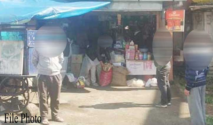 कर्फ्यू में ढील से पहले किराना की दुकान खोलने पर दुकानदार के खिलाफ FIR