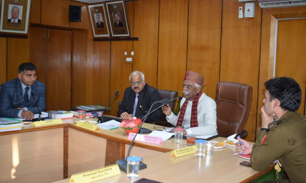 Make special efforts to bring the benefit of research to farmers: Governor