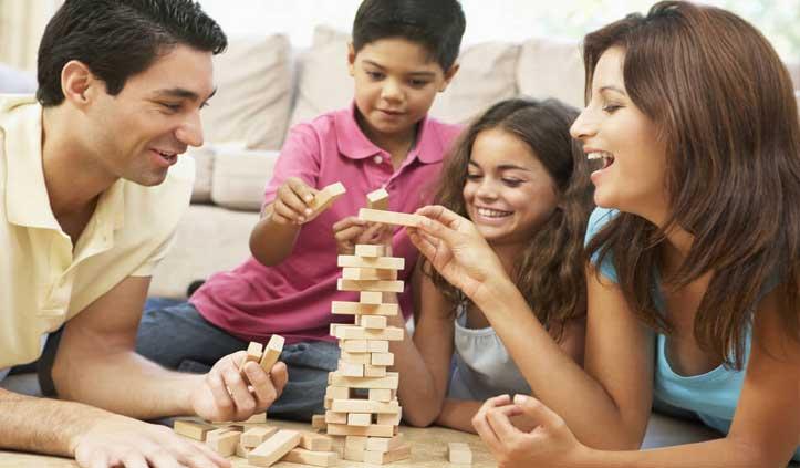घर में अपनों के साथ बिता रहे समय, इन गेम्स के साथ ताजा करें अपना बचपन