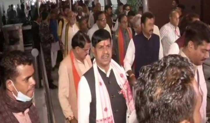 मध्य प्रदेश : BJP ने अपने विधायकों को किया गुरुग्राम में शिफ्ट, बोले- 'हम फेस्टिव मूड में'