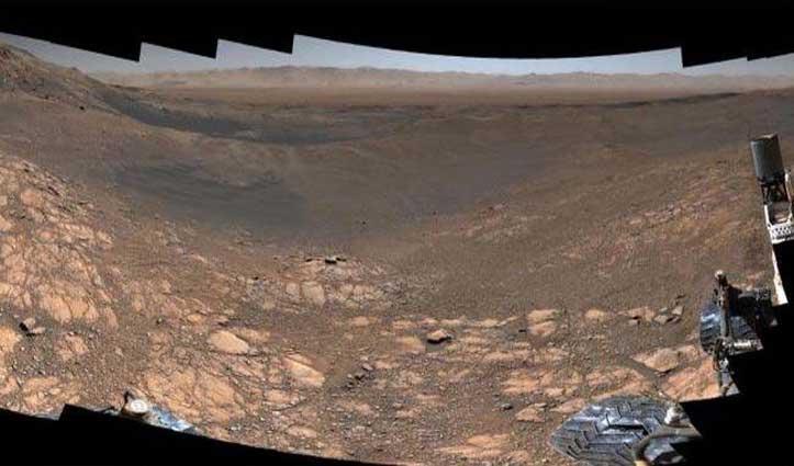 NASA के क्यूरियोसिटी रोवर ने ली मंगल की सतह की 1.8 अरब पिक्सल पैनोरमा तस्वीर, देखें