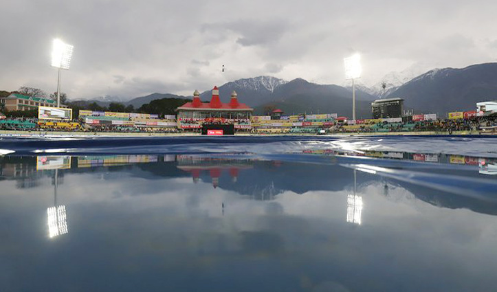 बारिश ने धोया भारत-दक्षिण अफ्रीका ODI, मायूस चेहरों के साथ घरों को लौटे फैंस