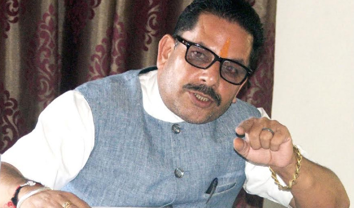 थ्रेशिंग-ट्रैक्टर के रेट फिक्स करे Jai Ram सरकार: दीपक शर्मा