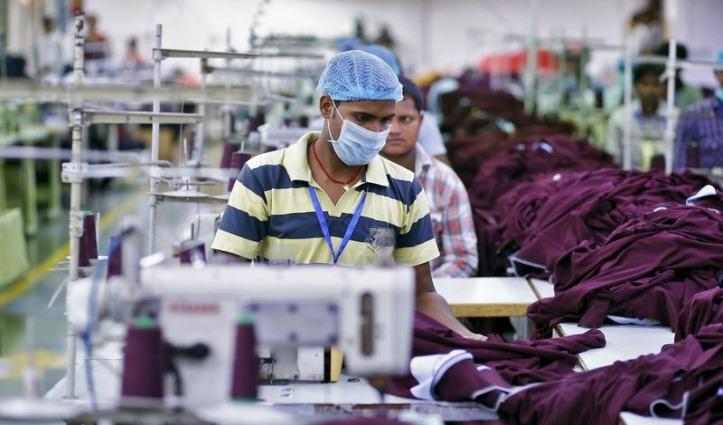 मजदूरों से 12 घंटे काम ले सकेंगे उद्योग मालिक, Lockdown की शर्तों में मिलेगी छूट