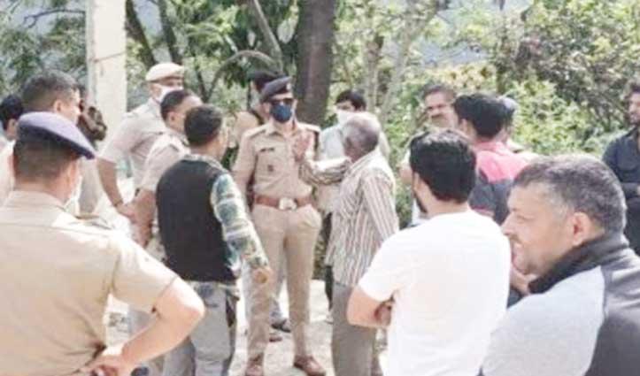 Mandi: सांबल गांव में पानी को लेकर भिड़े कश्मीरी और स्थानीय , 4 Injured